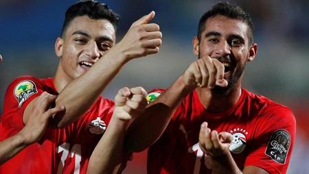L'Égyptien Yasser Rayan (à droite) célèbre son but face au Ghana. Le 11 novembre 2019. REUTERS/Amr Abdallah Dalsh