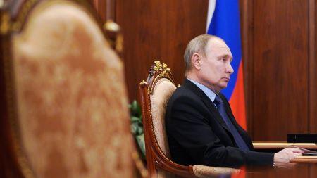 Le président russe Vladimir Poutine au Kremlin, à Moscou, le 5 avril 2021.   © Sputnik/Alexei Druzhinin/Kremlin via REUTERS
