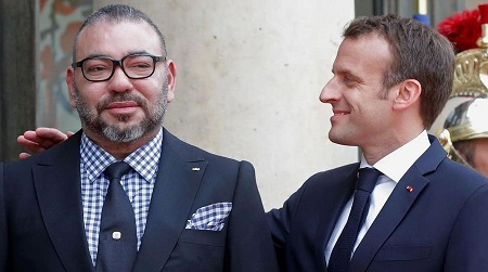 Le président Emmanuel Macron en compagnie du roi du Maroc, Mohammed VI. D. R.