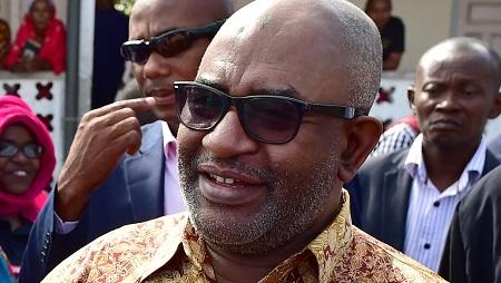 Le président des Comores, Azali Assoumani, lors de la journée de vote pour le référendum constitutionnel à Moroni, le 30 juillet 2018. (Photo d'illustration) © TONY KARUMBA / AFP