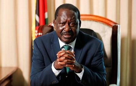 Raila Odinga, ancien Premier ministre du Kenya et haut représentant de l'Union africaine (UA) pour le développement des infrastructures en Afrique, prend la parole lors d'un entretien avec Reuters à Nairobi, au Kenya, le 18 février 2021. REUTERS / Thomas Mukoya