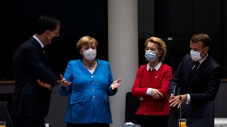 Macron, Merkel et von der Leyen au sommet européen du 18 juillet 2020 (image d'illustration). © POOL Source: Reuters