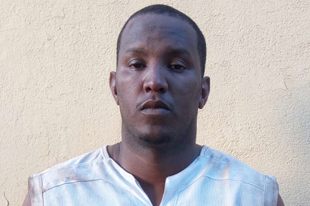 Le Mauritanien Fawaz Ould Ahmed, alias « Ibrahim 10 »,  au Mali, en 2015. STRINGER / AFP