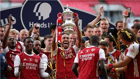 Pierre-Emerick Aubameyang a inscrit deux buts en finale de la Coupe d'Angleterre pour Arsenal contre Chelsea (2-1), le 1er août 2020. Adam Davy/Reuters