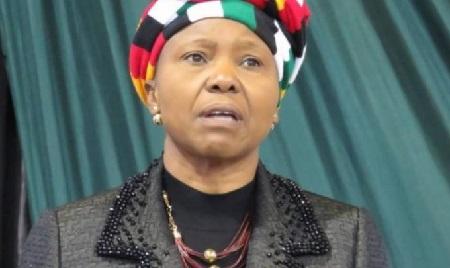 La ministre de la Défense zimbabwéenne, Oppah Muchinguri