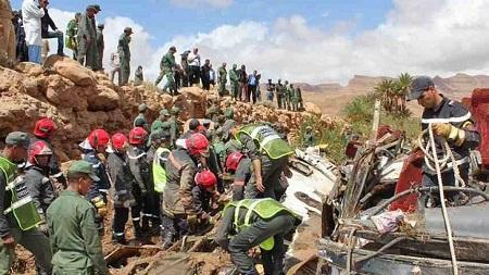 L'accident de bus survenu dimanche lors de la crue d'un oued (rivière) dans le sud-est du Maroc