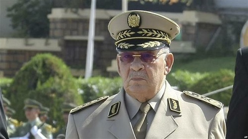 Le chef d'état-major de l'armée algérienne, le général Ahmed Gaïd Salah met en garde contre la tentative de déstabilisation du pays(Photo d'archives).
