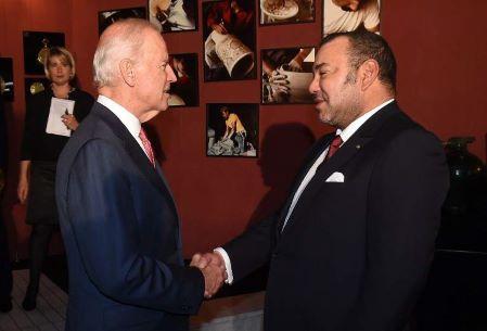 Joe Biden, à l'époque vice-président des États-Unis, avec le roi du Maroc Mohamed VI en novembre 2014 à Fez. (Illustration). AFP