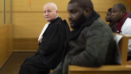 L'avocat Pedro Andujar lors de la première audience d'un réseau de prostitution entre l'Afrique et la France, à Lyon le 6 novembre 2019. © ROMAIN LAFABREGUE / AFP