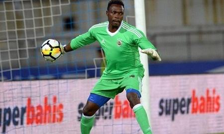Carlos Kameni,  35 ans, gardien camerounais évoluant à Fenerbahçe