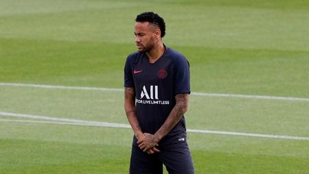 L'attaquant brésilien du PSG, Neymar. REUTERS/Philippe Wojazer