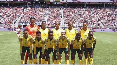 L'équipe féminine de football féminine Bayana Bayana touchera le même salaire que celle des hommes, les Bafana Bafana