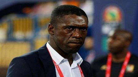 Clarence Seedorf a été limogé du poste de sélectionneur du Cameroun, de même que son adjoint Patrick Kluivert