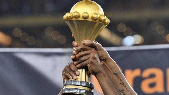 Le trophée remis au vainqueur de la Coupe d'Afrique des nations. © AFP PHOTO / ISSOUF SANOGO
