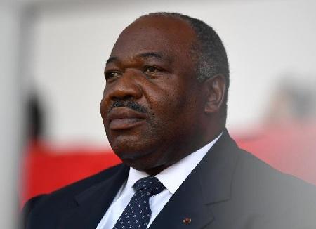 Le président gabonais Ali Bongo (ici en 2017) a appelé son fils aîné pour l'épauler à la présidence. © GABRIEL BOUYS / AFP