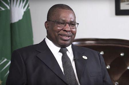 Albert Muchanga (photo), commissaire au commerce et à l'industrie de l'Union africaine