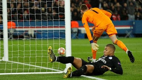 L'attaquant du PSG, Kylian Mbappé. Reuters/John Sibley