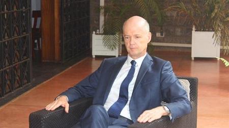 Christophe Guilhou,  l'ambassadeeur de France à Yaoundé