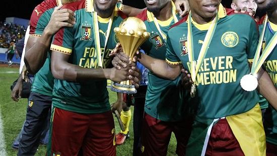 La Coupe d'Afrique des nations entre les mains des Camerounais, en 2017. Pierre-René Worms/RFI