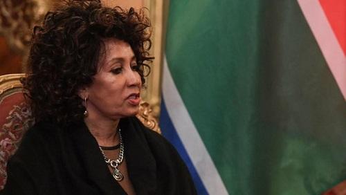 La ministre des Affaires étrangères sud-africaine, Lindiwe Sisulu, a annoncé dimanche 7 avril que le pays allait abaisser son niveau de représentation diplomatique à Tel-Aviv jusqu'à nouvel ordre. © AFP/ Y. KADOBNOV