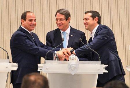 Al-Sissi ratifie l'accord fixant sa frontière maritime avec la Grèce dans la Méditerranée