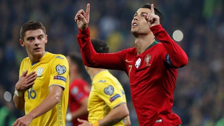 Cristiano Ronaldo entre un peu plus dans les annales du football mondial en inscrivant le 700ème but de sa carrière