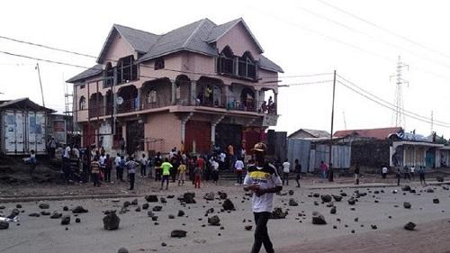 Des tireurs non identifiés ont tué dans la nuit de samedi à dimanche huit personnes dans trois quartiers de Goma