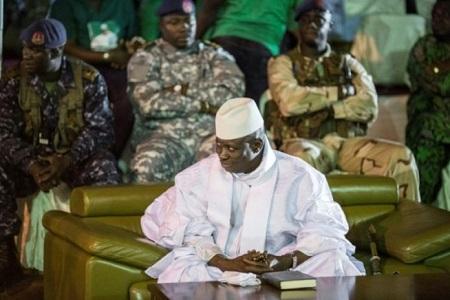 l'ex-président Jammeh accusé d'avoir fait « découper en morceaux » deux Américano-gambiens