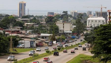 Les autorités gabonaises ont ouvert une enquête après les révélations d'experts de l'ONU concernant 40 travailleurs indiens. © REUTERS/Mike Hutchings
