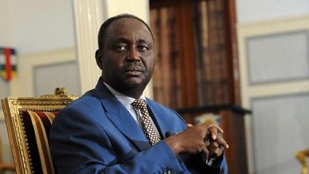 François Bozizé, président de la République centrafricaine depuis le coup d'État du 15 mars 2003 qui l'a porté au pouvoir jusqu'au 23 mars 2013, date à laquelle il a été renversé. Photo prise le 8 janvier 2013. © AFP/Sia Kambou