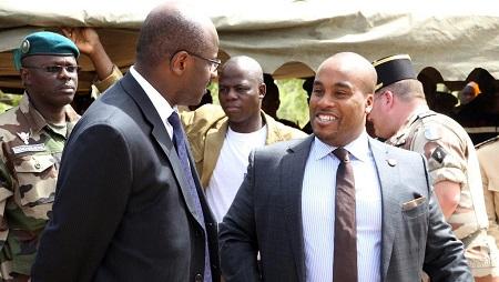 Le fils du président malien, Karim Keïta (à droite), en 2014 à Bamako. © HABIBOU KOUYATE / AFP