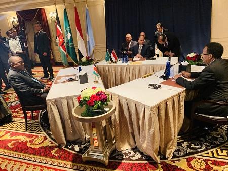 Le président kényan Uhuru Kenyatta, Mohamed Farmajo, et au milieu, l'Égyptien Abdel Fatah al-Sissi, mardi à l'assemblée générale de l'ONU  à New York