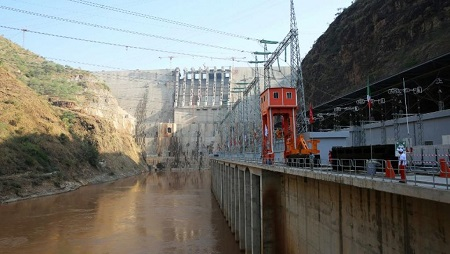 Inauguration du barrage Gibe III, dans la vallée Omo, en Ethiopie, le 17 décembre 2016. © AFP