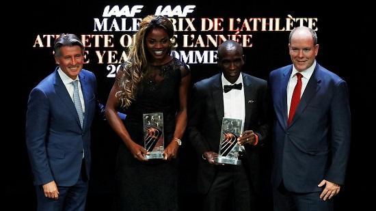 La Colombienne Caterine Ibarguen a reçu le prix d'athlète de l'année dans la catégorie féminine. Âgée également de 34 ans