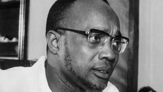 Le secrétaire général du Parti africain pour l'indépendance de la Guinée-Bissau et du Cap-Vert, Amilcar Cabral, à Cuba, en 1970. © AFP