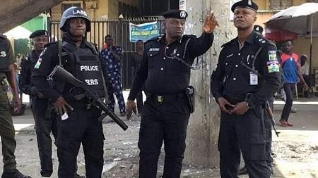 Au Nigeria, la police a déclaré mardi être à la recherche d'Ifeanyi Ejiofor, avocat de Nnamdi Kanu, dirigeant du mouvement des peuples autochtones du Biafra (IPOB)