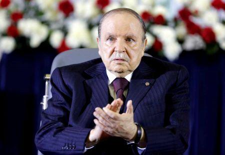 L'ancien président Abdelaziz Bouteflika lors d'une cérémonie à Alger, le 28 avril 2014. LOUAFI LARBI / REUTERS