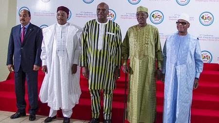 Photo de famille des chefs de l'Etat du G5 Sahel, les présidents mauritanien, nigérien, burkinabè, tchadien et malien, à Ouagadougou, le 5 février 2019 (illustration). OLYMPIA DE MAISMONT / AFP