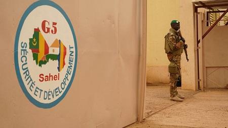 L'ancien siège de la force (photo), à Mopti, a été la cible d'une attaque terroriste en juin 2018.. © AFP/Sebastien Rieussec