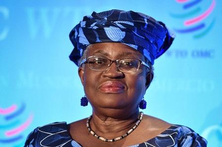 La Nigériane Ngozi Okonjo-Iweala, première femme et première africaine à la tête de l'OMC