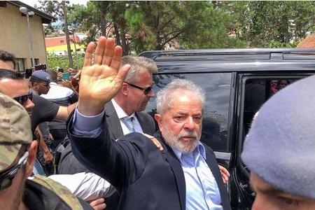Luiz Inacio Lula da Silva, 74 ans, figure historique de la gauche brésilienne