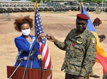 Les États unis appuient le contingent tchadien en équipements militaires