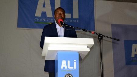 Alain Claude Bilie By Nze est nommé aux Affaires étrangères. © STEVE JORDAN / AFP