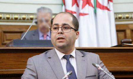 Le ministre algérien de la Poste et des Télécommunications Brahim Boumzar