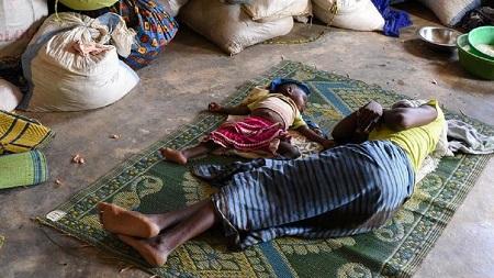 Près de 300.000 personnes ont dû quitter leurs foyers pour vivre dans des centres d'accueil au Burkina Faso