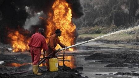 Explosion d'un oléoduc détourné par des voleurs de carburant à Lagos