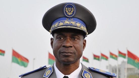 Le général Gilbert Diendéré (photo) a déclaré qu'il n'a jamais préparé un coup de force contre le président Michel Kafando. © AFP PHOTO / AHMED OUOBA