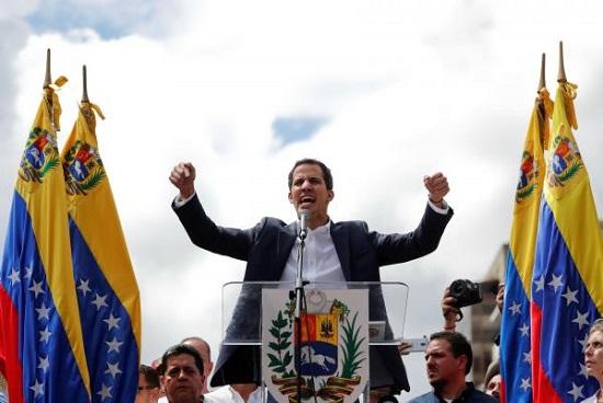 Juan Guaido s'est autoproclamé «président par intérim» du Venezuela mercredi 23 janvier à Caracas. REUTERS/Carlos Garcia Rawlins