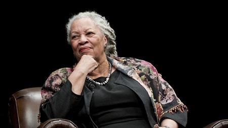 Romancière, Toni Morrison est également l'auteur de poèmes, d'une comédie musicale, d'une pièce sur Martin Luther King ainsi que d'un essai sur les Noirs dans la littérature américaine..Getty Images/Daniel Boczarski/FilmMagic
