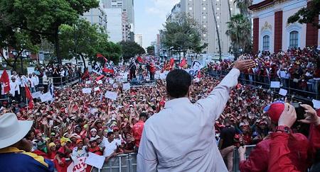 e Président vénézuélien Nicolas Maduro a lancé un appel à ses compatriotes pour dire «non» à l'ingérence des États-Unis